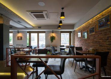 В Минске на месте «самого секретного бара» открылся бар для эстетов